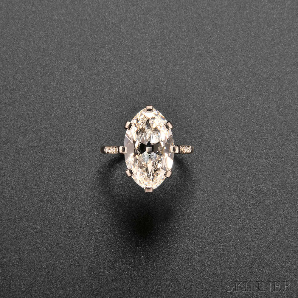 Plutinum Diamond Ring