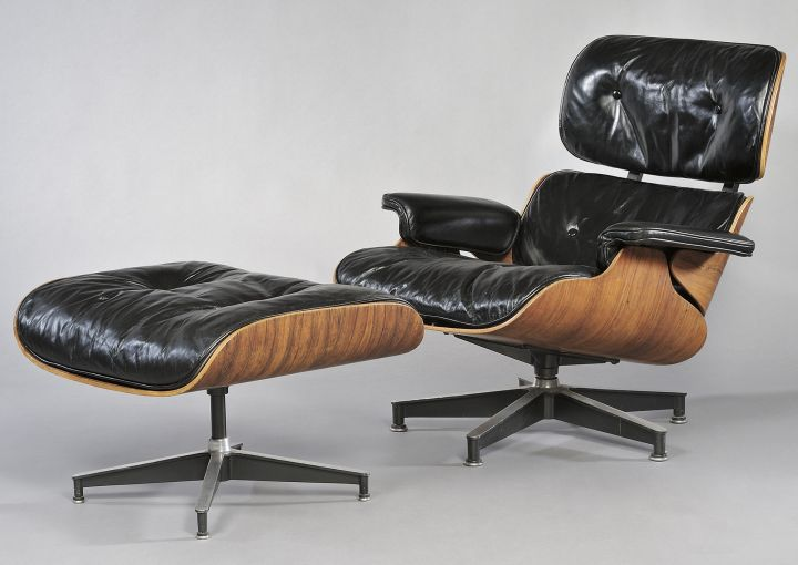 charles eames lounge chair and ottoman auctioned for 4 444. Black Bedroom Furniture Sets. Home Design Ideas