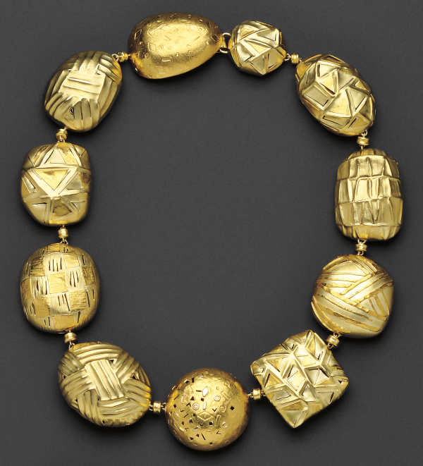 gold jewelry why buy gold jewelry at auction skinner inc