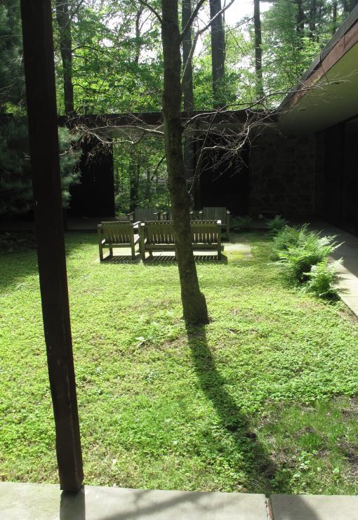 Eliot Noyes | Courtyard
