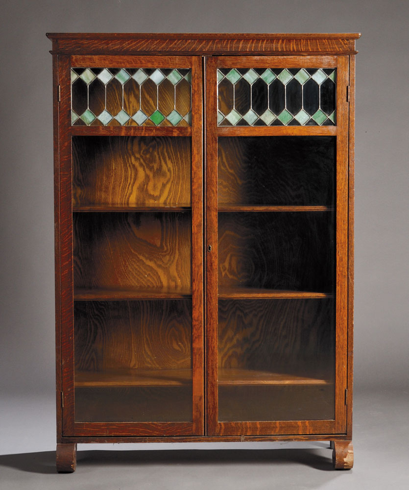 Two Door Oak and Leaded Glass Four Stack Bookcase, Early 20th Century (Lot  772, Estimate $250-$350) - Discovery Auction Antique Dolls, Vintage Toys, Early Photography