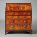 Queen Anne Mahogany Veneer Slant-lid Desk, possibly Massachusetts, mid 18th   century (Lot 814, Estimate $600-$800)