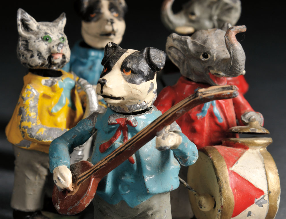 German Lead Nodding Animal Band, early 20th century (Lot 778, Estimate   $200-$400)