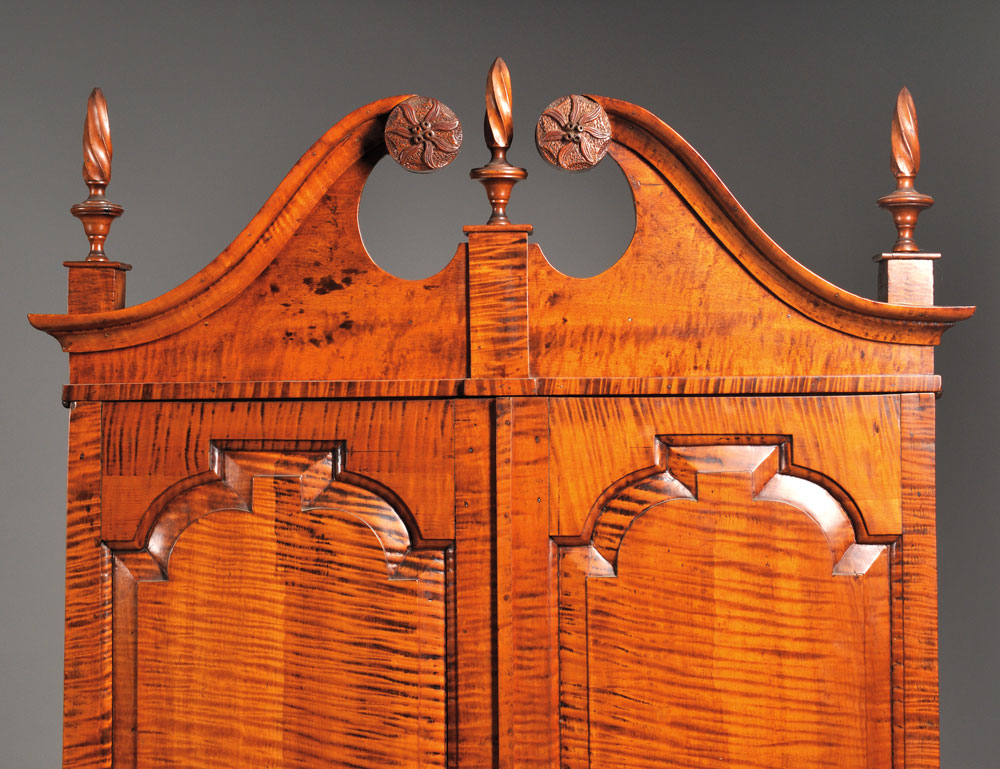 [Detail] Chippendale-style Tiger Maple Desk and Bookcase (Lot 497, Estimate $4,000-$6,000)