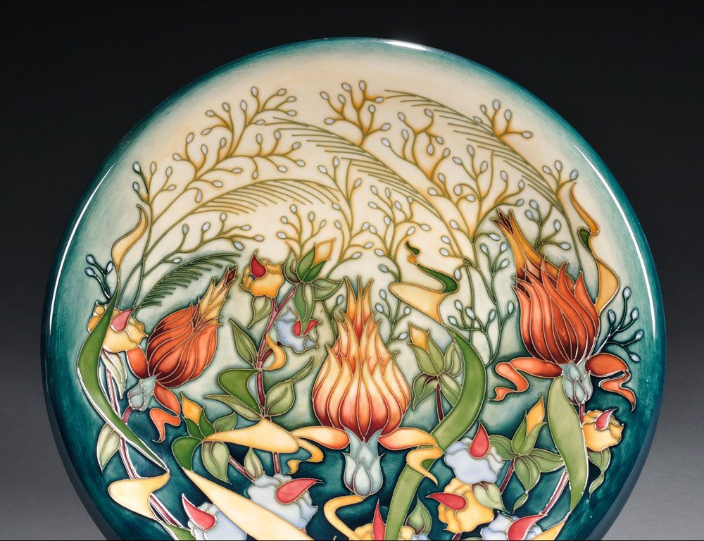 Modern Moorcroft Pottery Prairie Summer Charger, Rachel Bishop, 2001 (Estimate $200-$400)
